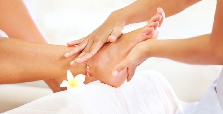 Classical and apparatus pedicure base course + Pedicure Kit